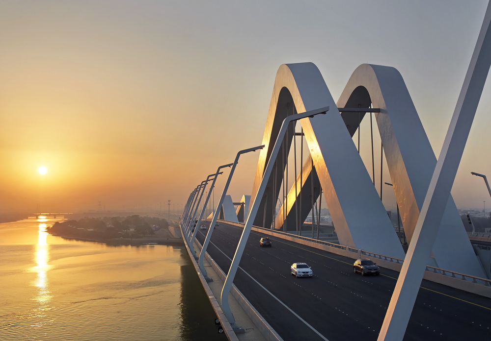 Sheikh_Zayed_Bridge_by_Saha_Hadid