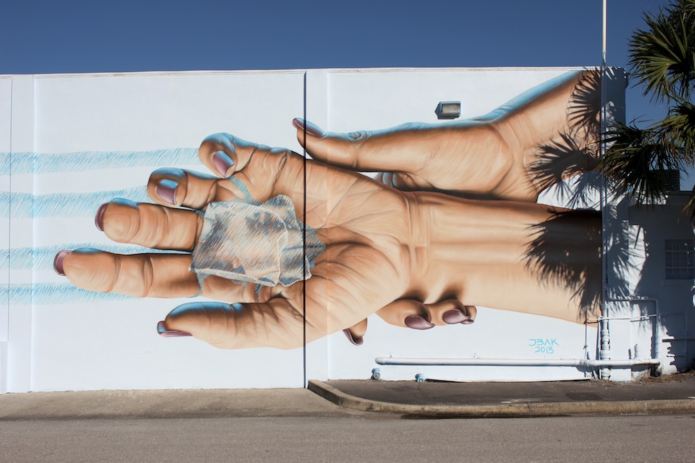Photorealistic_Mural_by_James_Bullough
