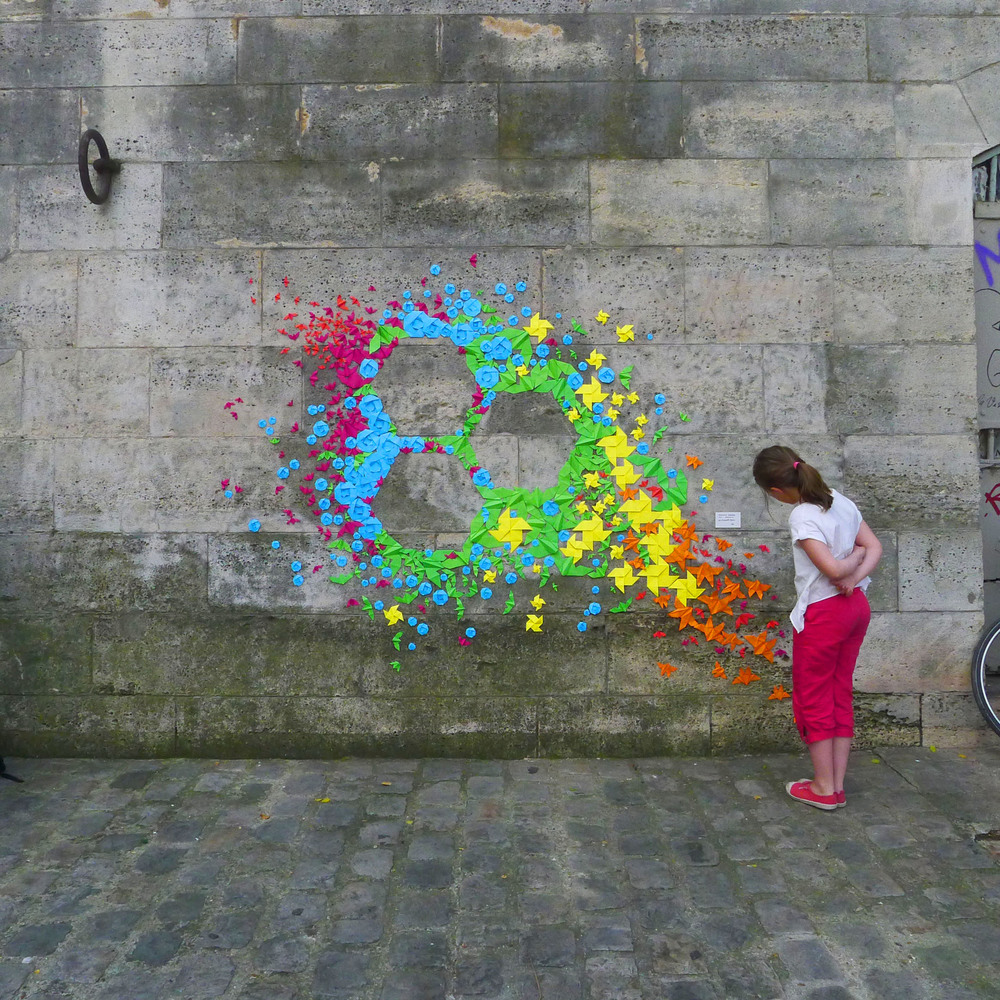 Origami_Street_Art_by_Mademoiselle_Maurice