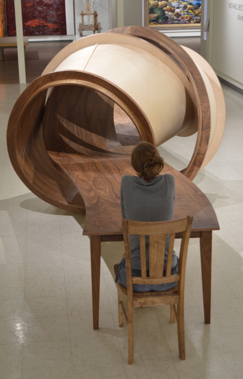 Twisted_Furniture_Design_by_MichaelBeitz
