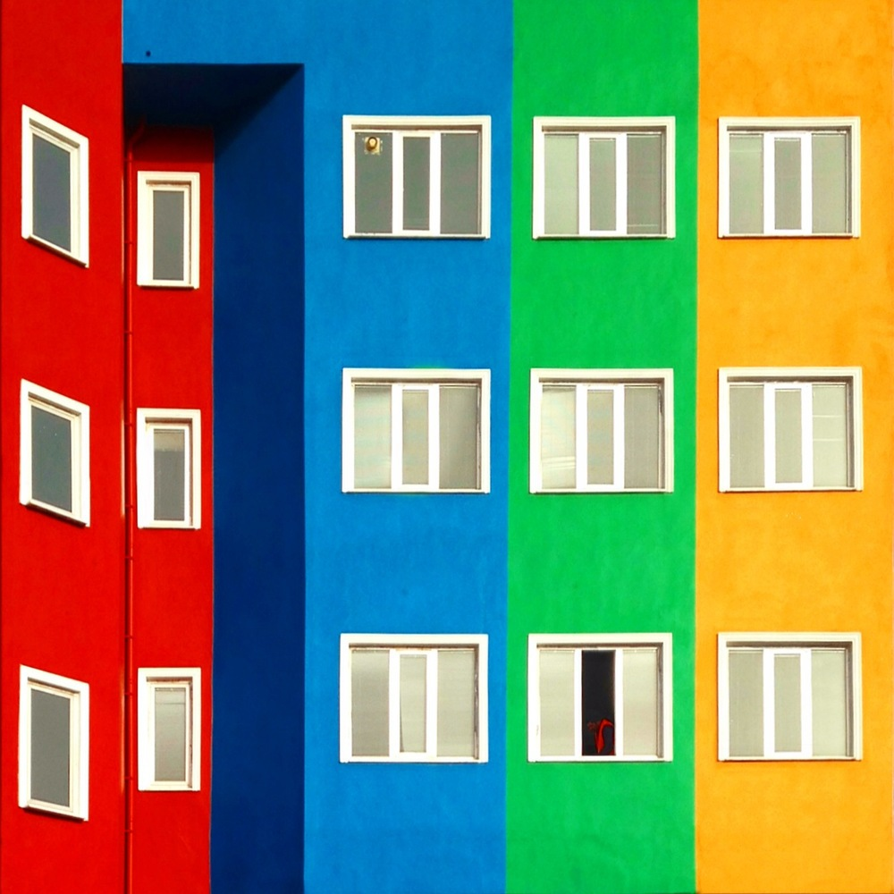 Colorful_Architecture_Photo_by_Yener_Torun