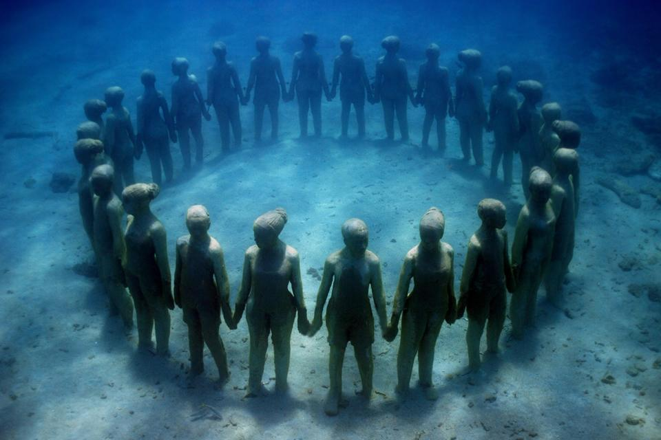 The Aquatic Sculptures of Jason deCaires Taylor