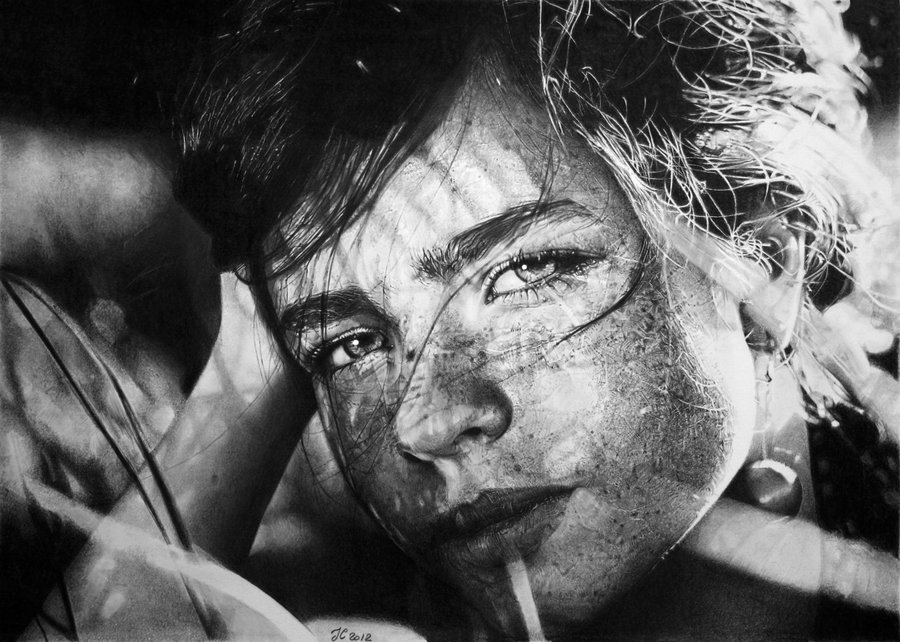 The Stunning Pencil Portraits of Franco Clun